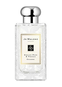 Cologne English Pear & Freesia avec design de dentelle en feuilles de marguerite